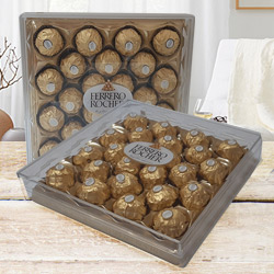 Outstanding Chocolasious Love Gift Set