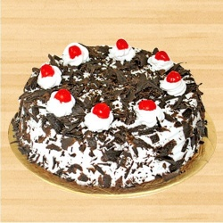 Lip-Smacking Black Forest Cake for Mom