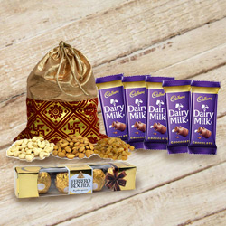 Traditional Assorted Dry Fruits Potli with Chocolates Gift Pack