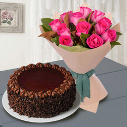 Red Rose Bouquet N Chocos Cake