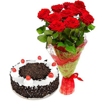 Anniversary Special Garden Fresh Red Rose Bouquet with Black Forest Cake