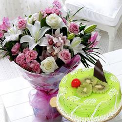 Highly-Enjoyable Kiwi Cake with Mixed Flowers Bouquet
