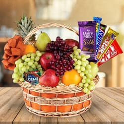 Fresh-Picked Fruits N Chocolate Fusion Gift Basket