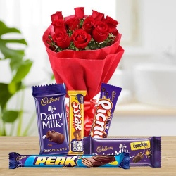 Eye-Catching Gift Arrangement with Warm Wishes