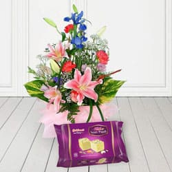 Seasonal Florals Bunch N Haldirams Soan Papri