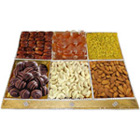 Palate�s Invite Dry Fruits and Chocolate Assortment
