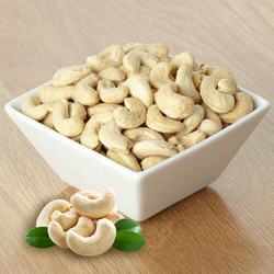 High quality tasty cashews to Kerala