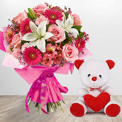 Sweet Teddy Bear with Fresh Flowers Bouquet
