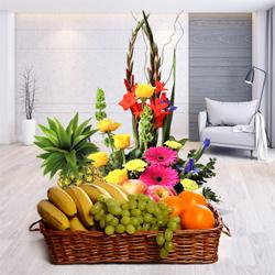 Healthy Fresh Fruits Basket with Flowers