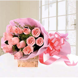 Exquisite Bouquet of Pink Roses