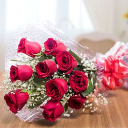 Sweet Sensation Rose Bouquet to Kerala
