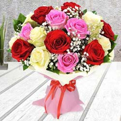 Breathless Luxury Mixed Rose Premium Bouquet