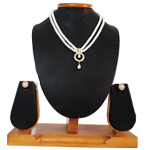 Exquisite Looking Chain Drop Pendant on 2 Line Pearl Necklace with Matching Earrings