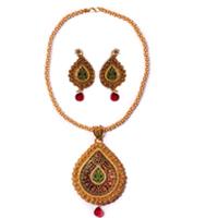 Impressionable Meenakari Pattern Gold Necklace Set