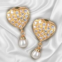 Scintillating Heart Shaped Pearl and Rhinestone studded Pair of Earrings